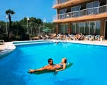 hotel volga zwembad